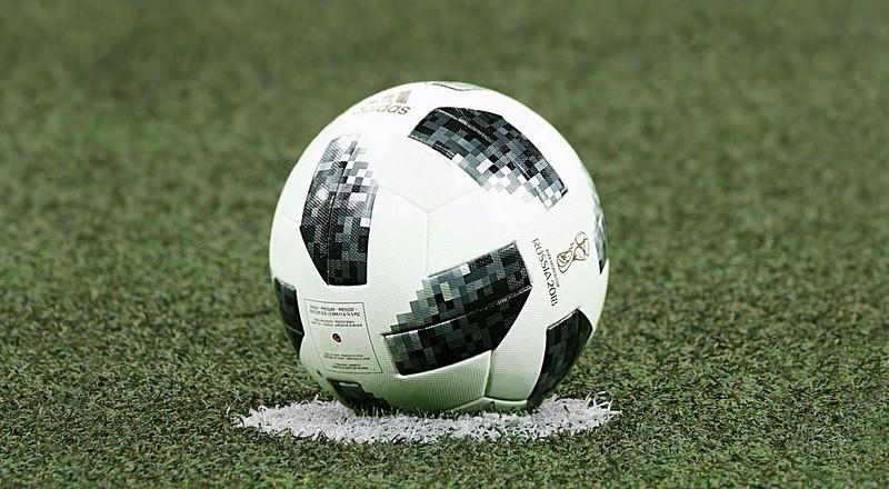 football-3475163_960_720