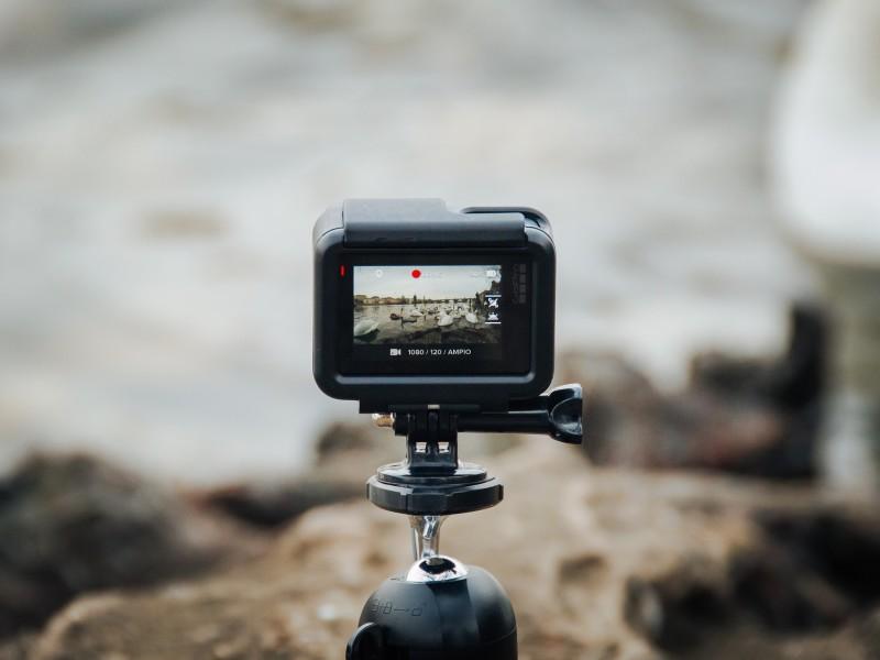 hotchickens.fr - Guide pour choisir une caméra sportive